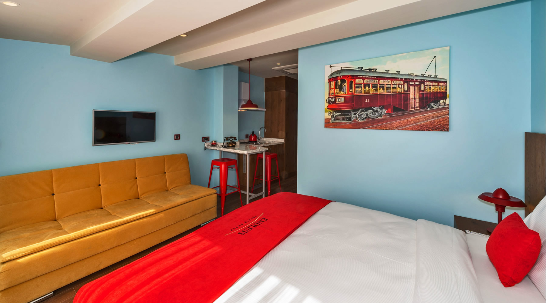 Deluxe suites with balcony endless boutique taksim for Endless suites taksim